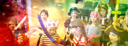 Sparklefun The Pirate enthralls the children