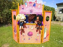 Puppet Booth Photos (19)
